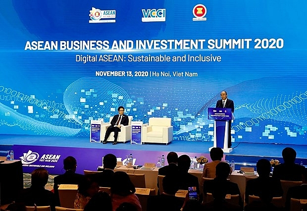 digital asean in spotlight at business investment summit