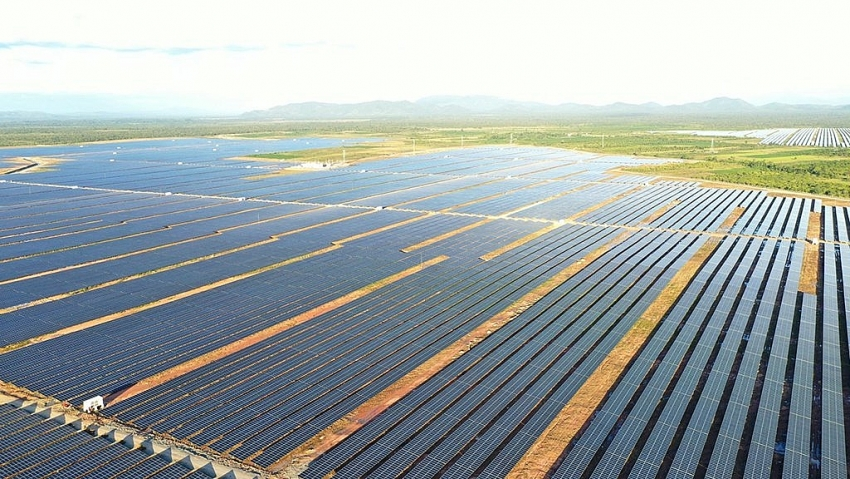 1518 p30 ownership carve up high on agenda for energy investors