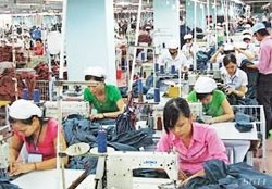 tet bonus proposed for textile and garment workers