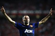 Giggs leads way for resurgent United on Boxing Day