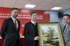 Liverpool legend Robbie Fowler visits Vietnam