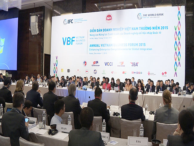Vietnam government aims more reforms to improve business competitiveness
