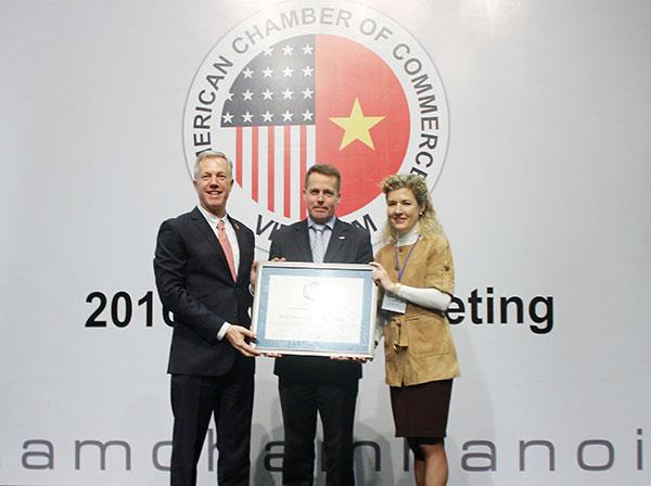 visa vietnam receives csr award
