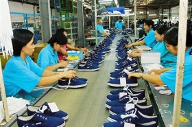 Vietnam shoe and garment exports see drastic slowdown in 2016