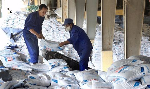 fertiliser tax does more good than harm experts