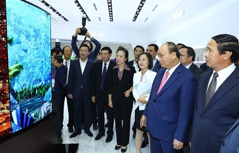 pm opens two projects in hai phong