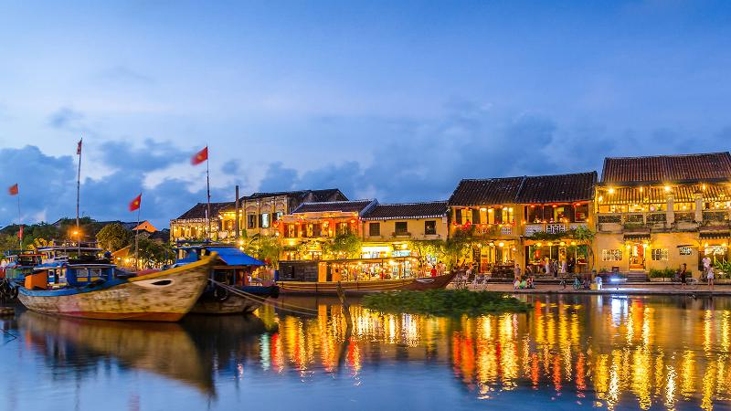 hoi an authorities say only locals can open homestays