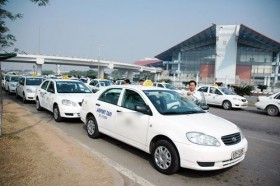 mot rejected ha noi taxi associations request to extend taxi badge