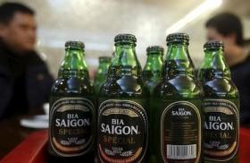 VN stocks extend losses, Sabeco advances