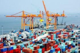 Hai Phong City slashes fees