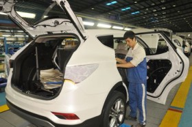govt regulation offers golden opportunity for local auto production