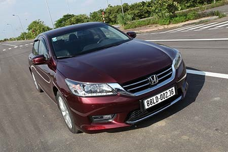 Honda Accord Was Manufactured At Automobile Thailand Company Ltd And Imported By Vietnam