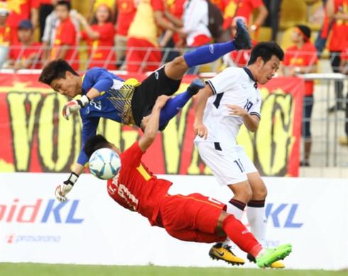 park calls up goalie long for u23 vietnam