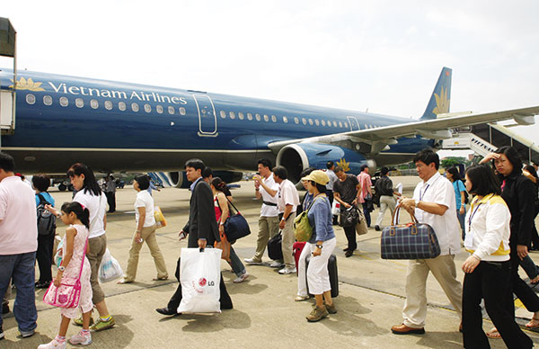 vietnam airlines to divest state shares