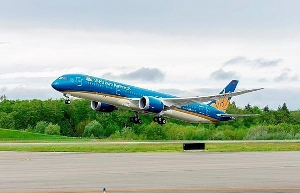 vietnam airlines wins big at world travel awards