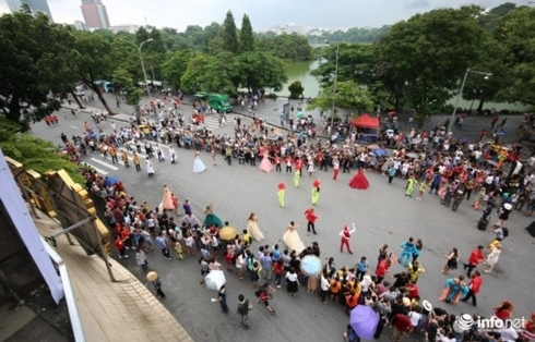 hoan kiem pedestrian streets expect diverse cultural sports events in dec