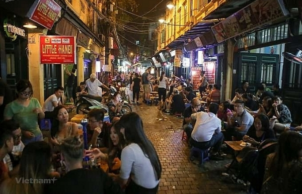 locals call last orders on late night bars