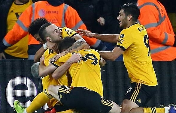 wolves come from behind to beat wasteful chelsea