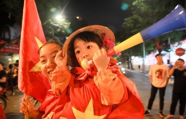 vietnam storms into aff cup final