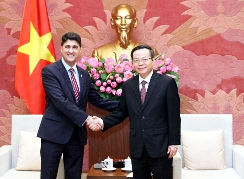 na vice chairman receives coca cola vietnam ceo