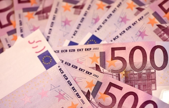 euro slides as downbeat ecb warns on economy