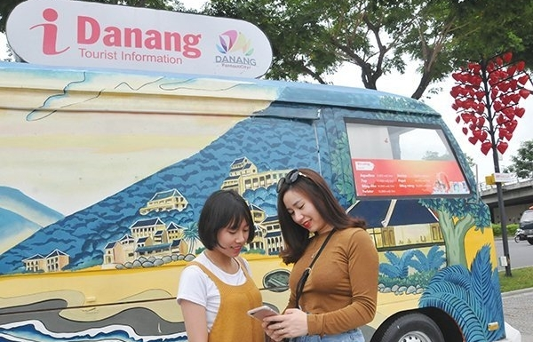 high tech tourism services attract more travelers