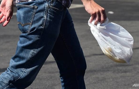 eu agrees to ban most single use plastics