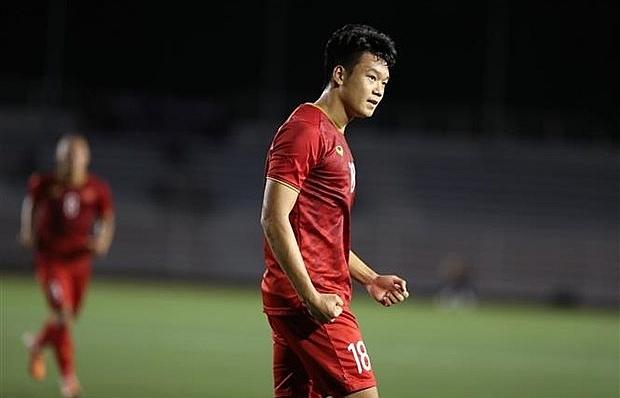 sea games 30 vietnam score thrilling 2 1 comeback win over indonesia
