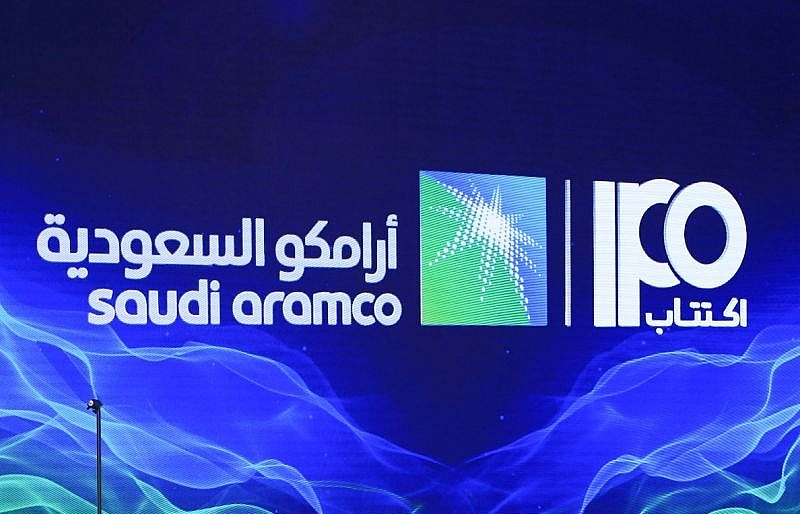 saudi aramco raises us 256 billion in biggest ever ipo