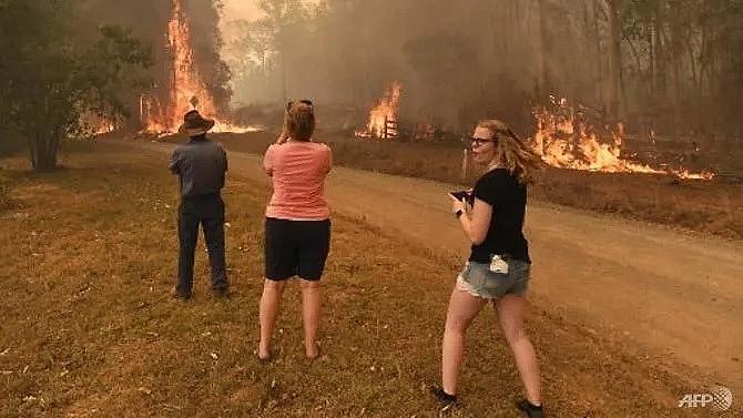 mega fire forms north of sydney