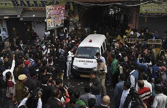screams goodbyes as at least 43 die in devastating india factory fire