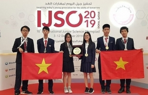 vietnamese students win three golds three silvers at ijso
