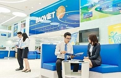 vn stocks slide bao viet shares soar on buy in offer