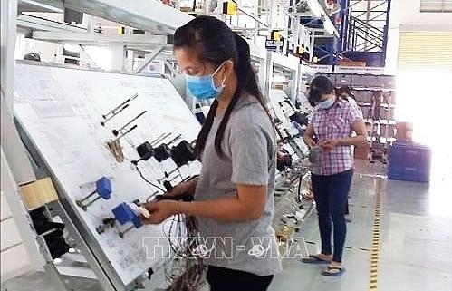 rok tops foreign investors in vietnam in 2019