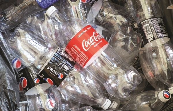 local packaging manufacturers go green