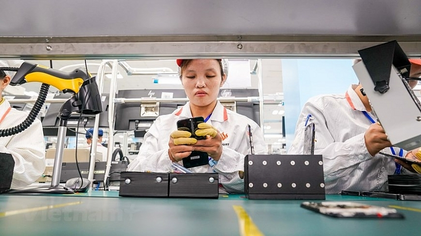 discovering made in vietnam 5g enabled smartphone factory photos