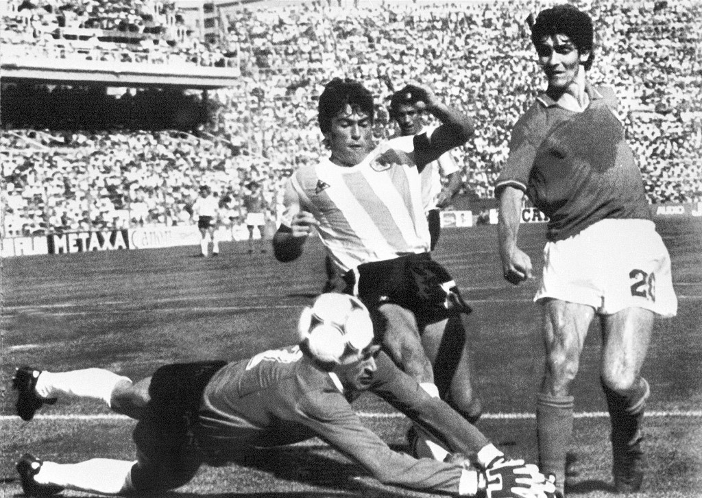 italys 1982 world cup hero paolo rossi dead at 64