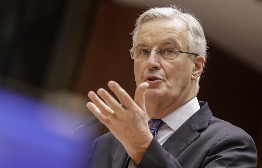 eus barnier says just hours left for brexit talks