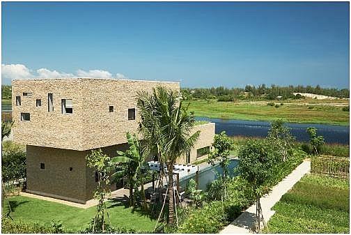 x2 hoi an resort residence a very upper class resort
