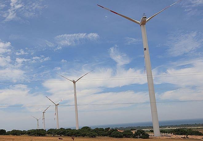 south korean investors eye renewable energy sector in vietnam