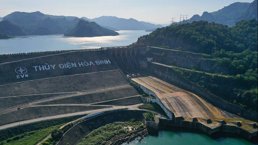 construction of expanded hoa binh hydropower plant to kick off in october 2020