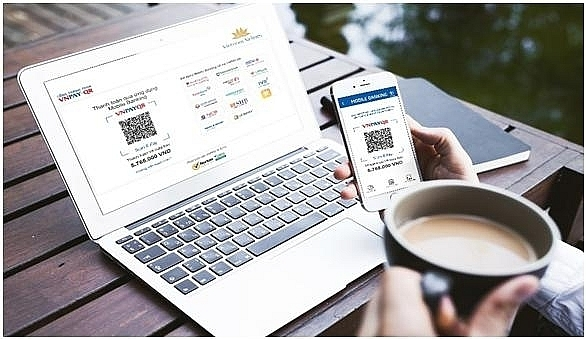 vietnam airlines jumps on qr payment bandwagon