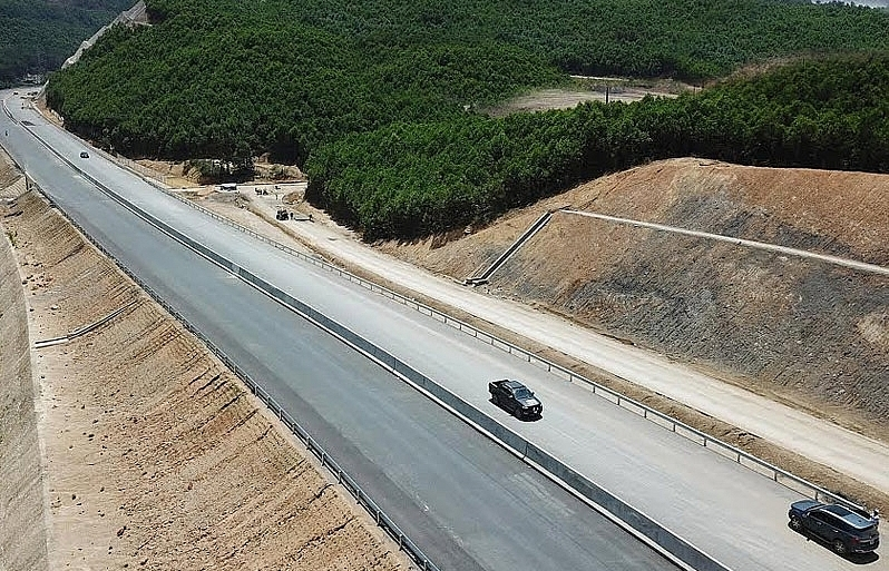 investor of the 500 million van don mong cai highway disclosed