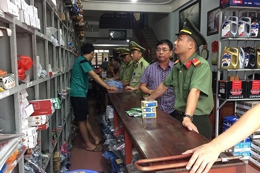 thousands of counterfeit suspect honda and yamaha motor parts seized
