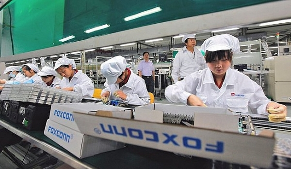 whether apple to build nest in vietnam