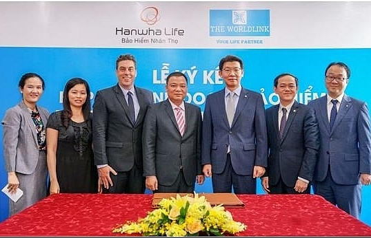 hanwha life expands distribution system through co operation