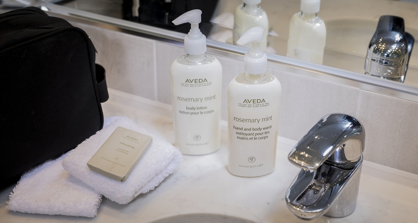 end of the road for bathroom miniatures as ihg goes bulk size