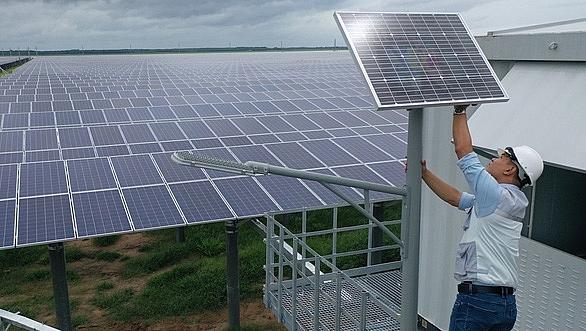 solar power developers acquire massive profit in short time