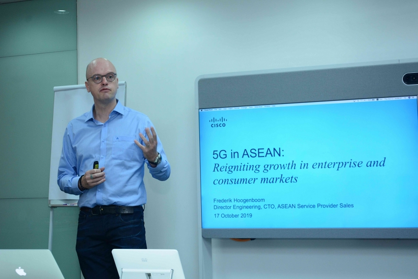 5g could boost annual revenue of vietnamese telcos by 300 million
