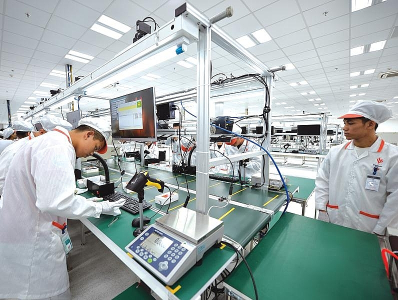 vietnam lures in 2911 billion of foreign investment in 10 months